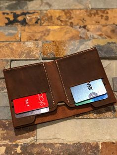 Wallet Leather Wallet Slim Leather Wallet Distressed – Zerqem Hacıyev – Join the world of pin Minimalist Leather Wallet, Slim Leather Wallet, Leather Handle, Tandy Leather, Leather Men, Leather Wallet Pattern, Popular Handbags, Coin Wallet, Leather Working