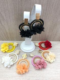 Ear Jewelry, Cute Jewelry, Bridal Jewelry, Jewelry Art, Jewelery, Jewelry Making, Girls Earrings, Flower Earrings, Beaded Earrings