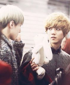 """""""sehun wtf is with this bunny?!"""""""