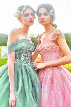 FOUR SIS & CO. Prom Dresses, Formal Dresses, Wedding Dresses, Romantic, Gowns, Princess, Model, Color, Fashion