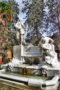 Monumento a Giovanni Battista Pergolesi 3