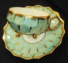 Castle Japan Honeycomb antique Tri-Feet  Tea cup and saucer