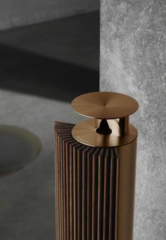 Bronze is unique and classic at the same time. Forever recognizable for its elevated touch of understated luxury that will add to your decor and everyday life. Audio Design, Sound Design, Diy Speakers, Wireless Speakers, Bang And Olufsen, Loudspeaker, Industrial Design, Decoration, Design Inspiration