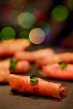 Only 3 ingredients, easy canapes:  Prosciutto, Pear and Blue Cheese Canapes