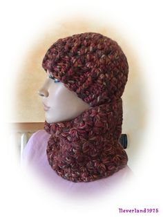 http://www.ravelry.com/projects/neverland1975/star-cowl
