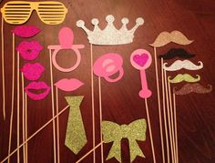 Glitter Baby Shower Photo Booth Props #BabyShower #PhotoBoothProps