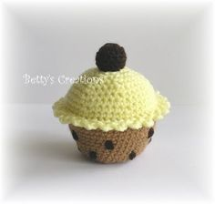FREE Cupcake Crochet Pattern and Tutorial