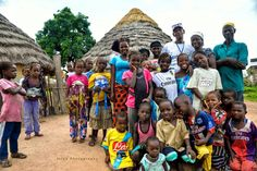 Arrivée en village Malinké - Haute Guinée -Voyage-guinee.fr - @TripBPhotographie - #VoyageGuinee