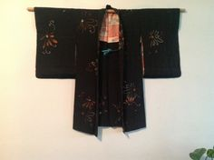 1970s  Japanese Vintage silk Haori Kimono Jacket in black and features a lovely chrysanthemum design