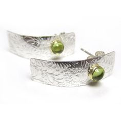 Peridot Etched Silver ear studs