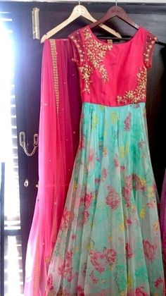 Young and chirpy! Indian Gowns, Indian Attire, Indian Outfits, Indian Clothes, Kurti Designs Party Wear, Lehenga Designs, Salwar Designs, Long Gown Dress, Long Frock