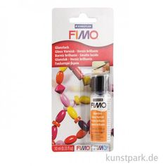 Glänzender Überzugslack für Modellagen mit FIMO u.ä.. Einfach mit einem Pinsel auftragen, aushärten lassen und fertig ist der hochglänzende Schutz.