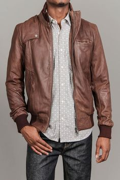 Leather Bomber Jacket / Hollywood & Vain--Both my boys would be outstanding in this! Best Leather Jackets, Men's Leather Jacket, Tan Leather, Warm Outfits, Boy Outfits, Fashion Outfits, Sharp Dressed Man, Well Dressed Men, Sexy Men