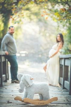 Fall Maternity Session with husband and wife photography pair Demetri and Cara of DAPHOTOZ.COM #daphotography #daphotoz #ocweddingphotographer #sdweddingphotographer #maternityphotography #familyphotography #weddingphotography #daphotozdotcom