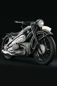 Black & white motorcycle 1934 BMW R7