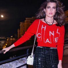 History Chanel, Princess Caroline Of Monaco, Chanel Beauty, Cardi B, Vogue Magazine, Royal Fashion, Fashion History, Christian Dior, Catwalk
