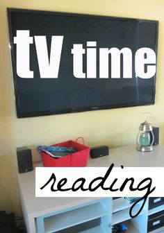 How to Encourage Reading During TV Time (Seriously!) | Get those kids' brains moving during television time.