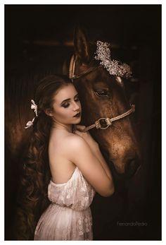 | retrato | retratos femininos | ensaio feminino | ensaio externo | fotografia | ensaio fotográfico | fotógrafa | mulher | book | girl | senior | shooting | photography | photo | photograph | nature | fineart | horse | cavalo | foto por Fernando Pedro