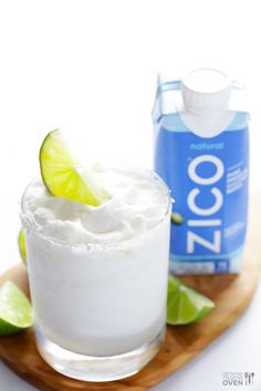 Coconut Margarita   gimmesomeoven.com #drink #cocktail