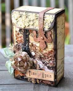 of photos & paper: A grungy altered toy box Altered Cigar Boxes, Altered Tins, Altered Bottles, Altered Books, Scrapbooking, Scrapbook Paper, Cigarette Box Crafts, Mini Albums, Recycling