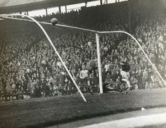 Birmingham 3 Chelsea 4 in March 1964 at St Andrews. Bertie Auld scores for City Birmingham City Fc, English Football League, Chelsea Football, St Andrews, Scores, 1960s, Saints, Blues, Old Things