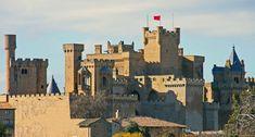 Castillo de Olite (Navarra). Construido durante el reinado de Carlos III. Uno de los castillos mas bonitos de Europa.