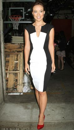 Look Thinner With An Optical Illusion Dress