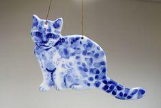 delft-blue-porcelain-cat-blue-and-white