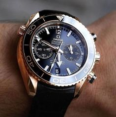 Men's Breitling Chronospace Military Watch – – Fine Jewelry & Collectibles Amazing Watches, Beautiful Watches, Cool Watches, Men's Watches, Stylish Watches, Fashion Watches, Mens Designer Watches, Luxury Watches For Men, Omega Speedmaster