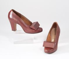 1930s Art Deco Shoes - Brown Leather Heels. $125.00, via Etsy.