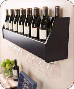 adega de vinhos e porta taças e garrafas parede luxo