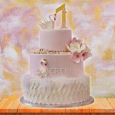 Cake, Desserts, Food, Confetti, Pie Cake, Tailgate Desserts, Pastel, Meal, Dessert