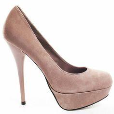 Steve Madden Caryssa Never worn. Slight factory defect on heel. Genuine leather. Super tall!! Steve Madden Shoes Platforms