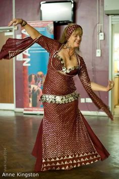 Anne Kingston in dress by Eman Zaki & Hoda Zaki Belly Dance Outfit, Belly Dance Costumes, Shall We Dance, Tribal Fusion, Dance Fashion, Belly Dancers, Dance Outfits, Dance Wear, Costume Ideas