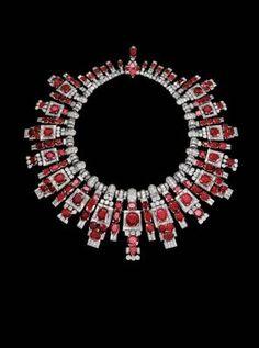 Necklace – platinum, yellow gold, 118 rubies totaling 210 carats, baguette-cut diamonds, brilliants. Cartier