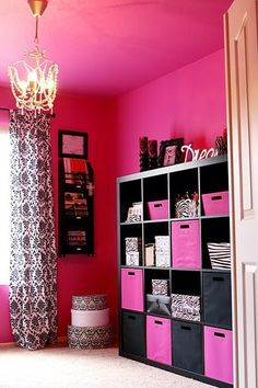 Pink and Black Cubbies!!!! Cute!! These are like the cubbies I bought for my fabric!