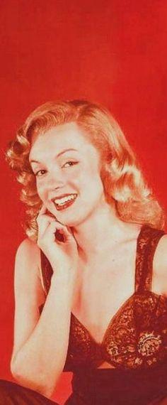 1948: Marilyn Monroe – Norma Jeane …. #marilynmonroe #pinup #monroe #marilyn #normajeane #iconic #sexsymbol #hollywoodlegend #hollywoodactress #1940s
