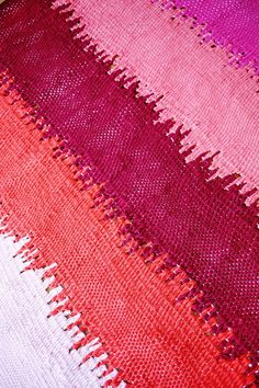Weave your own rug. Epic DIY project!