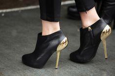 Shoe Stalking! NYFW Blizzard Edition | Photo Gallery - Yahoo! Shine