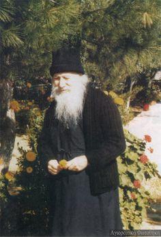Πορφύριος ιερομόναχος Καυσοκαλυβίτης (1906-1991) - Porphyrios (Bairaktaris) the Kapsokalivite #saint #porphyrios #agio #oros #mount #athos #orthodoxy #agios #porfirios
