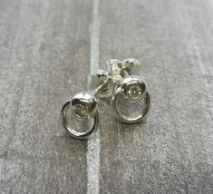 Silber Ohrstecker - Ring der O Ohrstecker Silber Brillanten - ein Designerstück von Anja-und-Denise bei DaWanda Ring Der O, Silver Rings, Etsy, Jewelry, Silver Stud Earrings, Handmade Gifts, Ring, Jewlery, Jewels