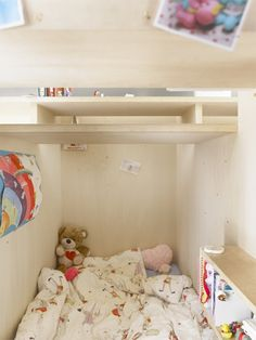 Japanese apartment takes the whole loft bed idea and flips it | DVICE