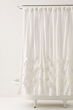 Waves Of Ruffles Shower Curtain | Anthropologie.eu
