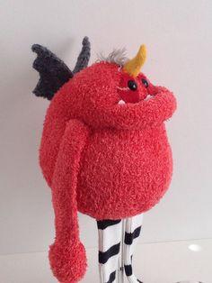 Smug Monster one of a kind plush sculpt von BirdIsTheWordDesign