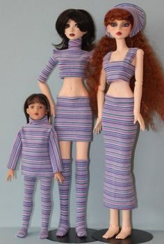Tutorial for doll clothes (easy). Unfortunately, you need to log into the site to see the tutorial.