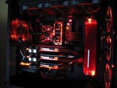 Snefs Extremmmme Red Demon - Linus Tech Tips Forums