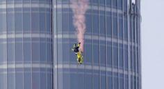 Burj_Khalifa_BASE_Jump_05