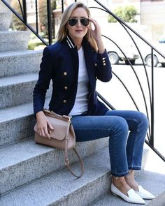 40 Trendy Work Attire & Office Outfits For Business Women Classy Workwear for Pr. 40 Trendy Work Attire & Office Outfits For Business Women Classy Workwear for Professional Look Check office f. Work Attire Women, Office Outfits Women, Office Fashion Women, Fashion Mode, Mode Outfits, Look Fashion, Womens Fashion, Workwear Fashion, Feminine Fashion
