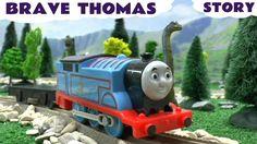Superhero Thomas The Tank Engine Surprise Egg TMNT Avengers Kinder Juras...