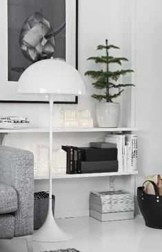 Nordic Days is a website with Scandinavian interiors where you learn everything about Scandinavian design and the latest home interior trends. Living Room Inspiration, Home Decor Inspiration, Home Interior, Modern Interior, Modern Decor, Home Living Room, Living Spaces, Decor Scandinavian, Ideas Hogar